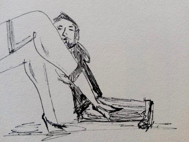 Er hängt an ihrem Bein2